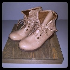 Rock & candy tan boots